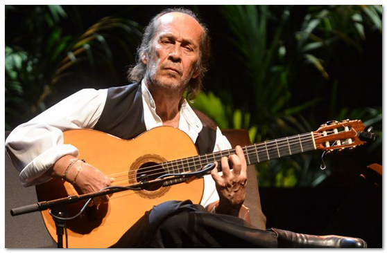 Paco De Lucia đệm các điệu guitar Boston, Rumba và Bolero