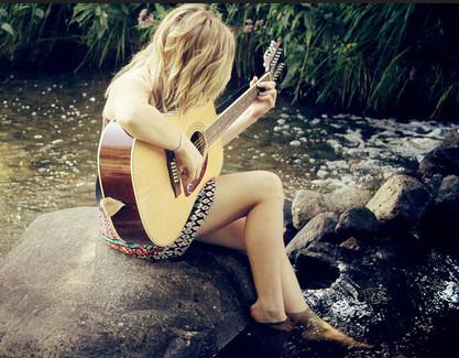 Hướng dẫn cách rải nốt hợp âm trong đệm hát guitar